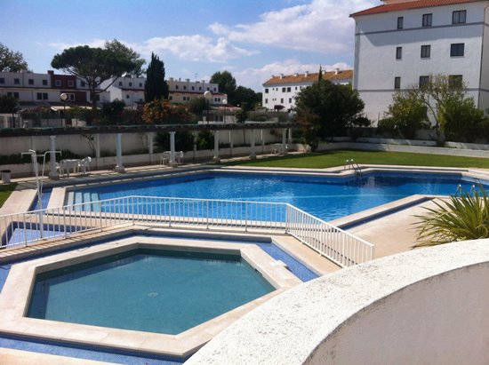 Algardia Apartments: Pool