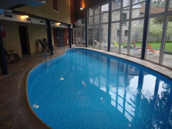 Les Jardins De La Molignee: La piscine