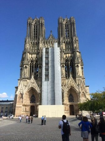 Paris Champagne Tour: Cathedral at Reims