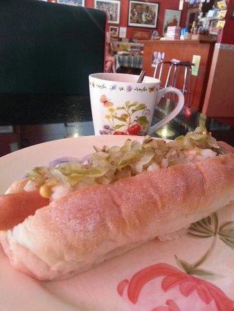 Angela's Bakery & Cafe: Better order Chili Dog .