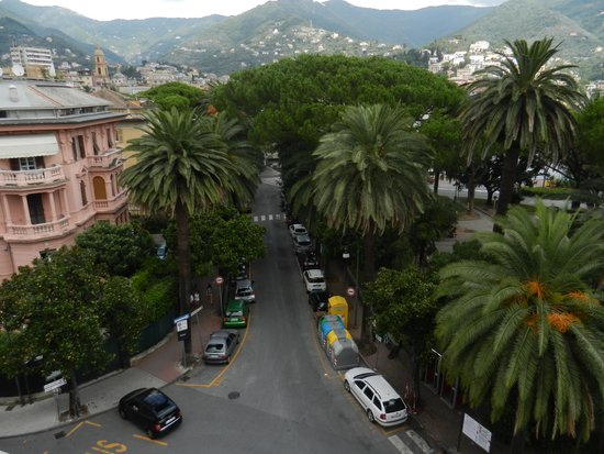 Hotel Giulio Cesare : View from rooftop balcony on 5th floor