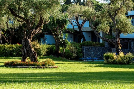 كونتوكالي باي ريزورت آند سبا: Gardens - Landscape (3)