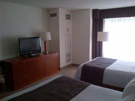 Cambridge Suites - Halifax: comfy room