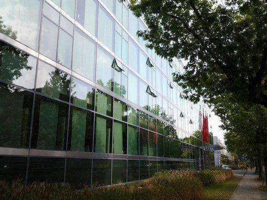 Seminaris CampusHotel Berlin: Visão da entrada do hotel