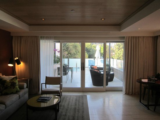 Hotel Bel-Air : Living rool to patio