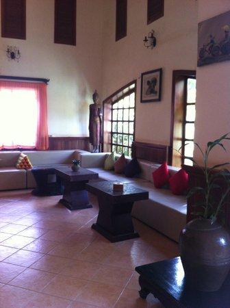 Boutique Cambo Hotel: reception hotel