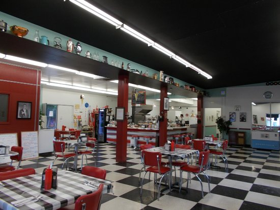 Happy Days 50's Diner : Spacious interior