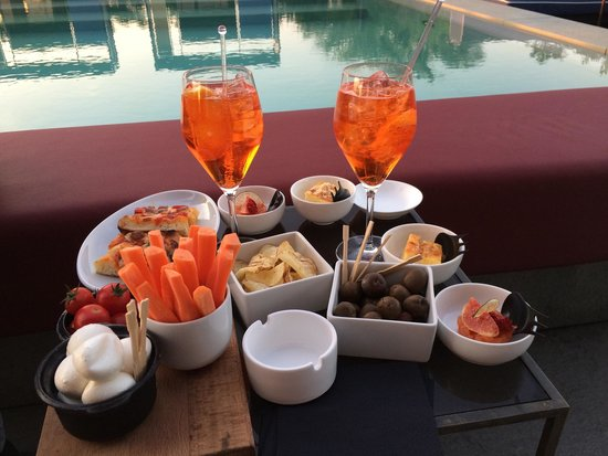 Ceresio 7 Pools & Restaurant: Aperitivo