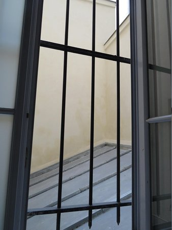 Special Apartments : Bedroom window