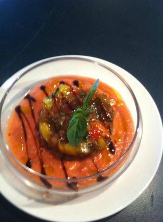 L'Ardoise: tartare de tomates au basilic