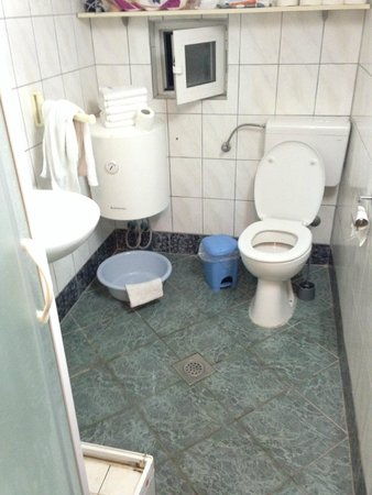 Apartments Alfijo: koupelna