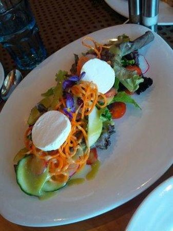 The Sonora Room: Happy Goat Cheese Salad