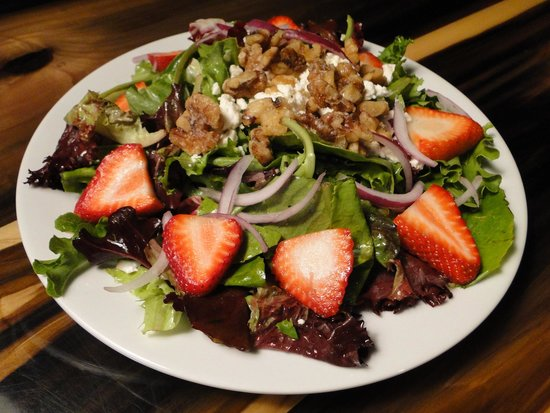 Three Jimmy's Good Time Eatery: Signature Salad!!!!