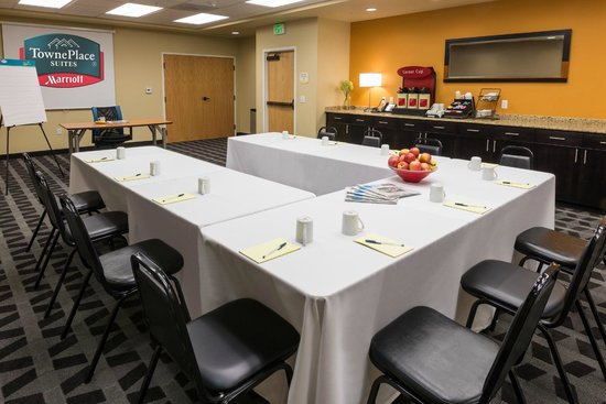 TownePlace Suites Bend Near Mt. Bachelor: Meeting Space