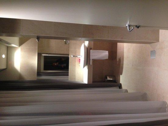 Hotel SB Padua: Il bagno