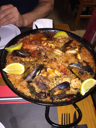 O'Toxo Tres Hermanos: Paella, sehr zu empfehlen.
