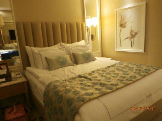 Titanic Beach Lara Hotel: The lovely new look rooms