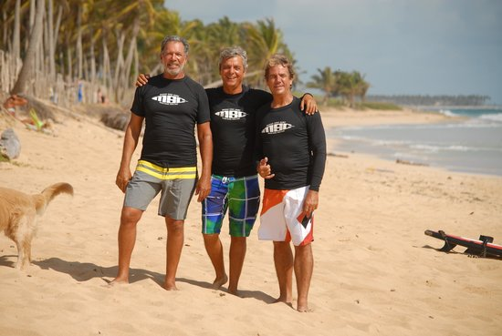 Macao Surf Camp: Real Surfers with more than 30 yrs. of experience each!