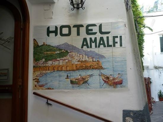 Hotel Amalfi : Front of hotel