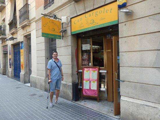 Can Cargolet: Puerta del restaurante
