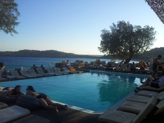 Paraga Beach Hostel & Camping: Piscina