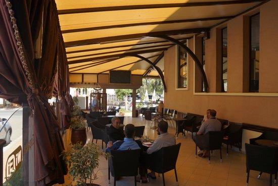 Cappuccino : Terrace