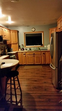 Westport Bayside Bed & Breakfast: showing off the impeccable kitchen