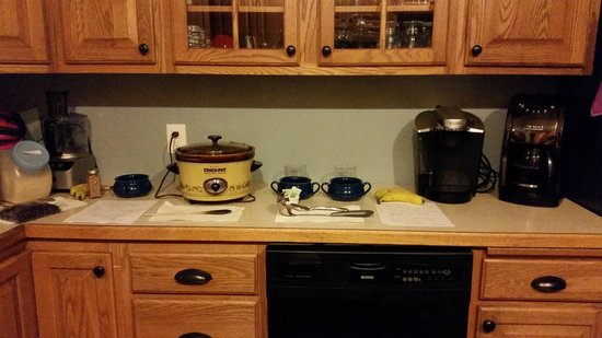 Westport Bayside Bed & Breakfast : my husband's oatmeal in crockpot - we have to do this too