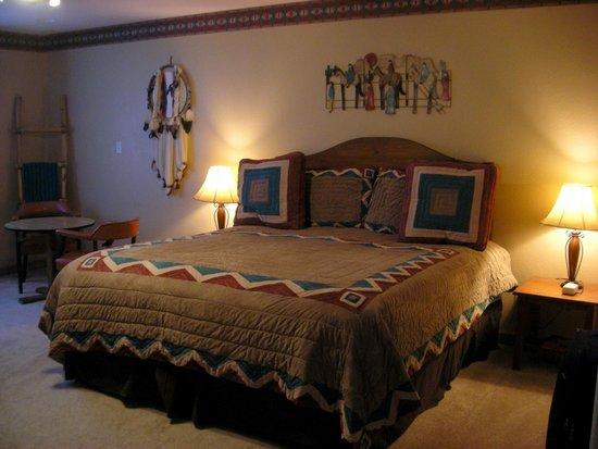 Bryce Trails Bed and Breakfast: Navajo Loop room