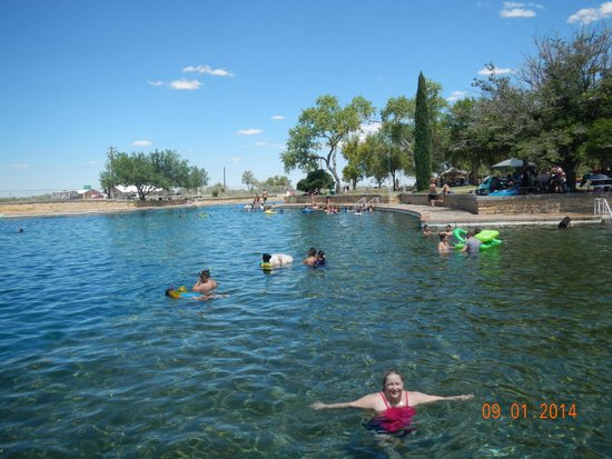 Balmorhea State Park: cool spot in the desert