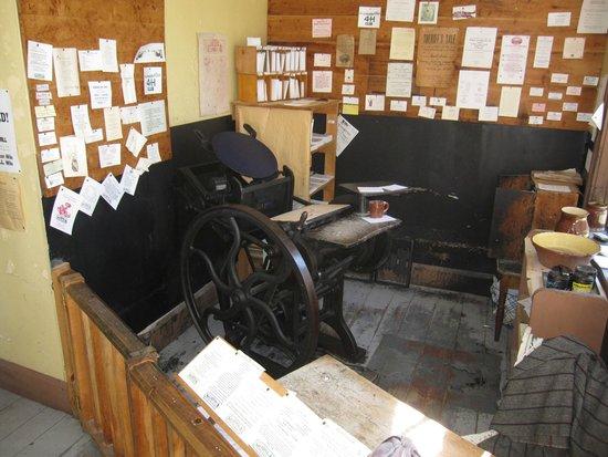 Sherbrooke Village : Printer that still works!