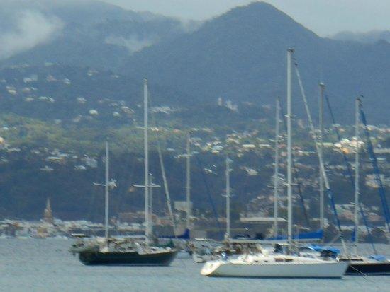 Anse Mitan: Baie de Fort-de-France...