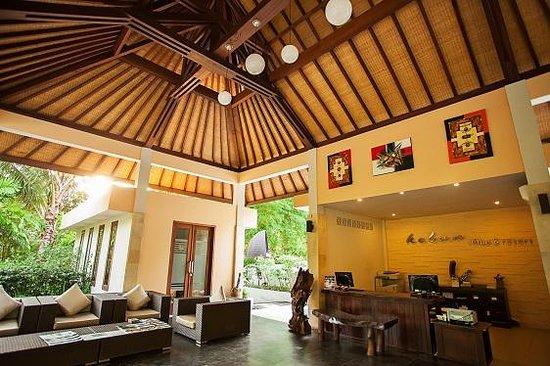 Kebun Villas & Resort: Lobby