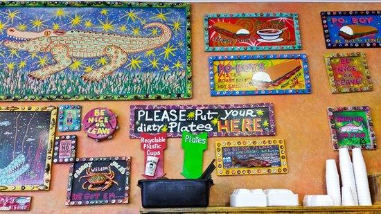 Crabby Jack's : Art on wall