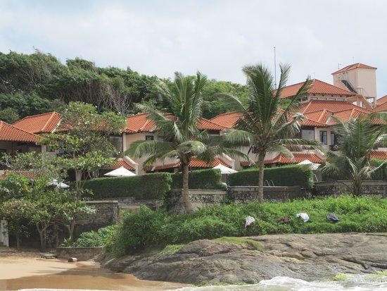 Saman Villas: Villas from the beach