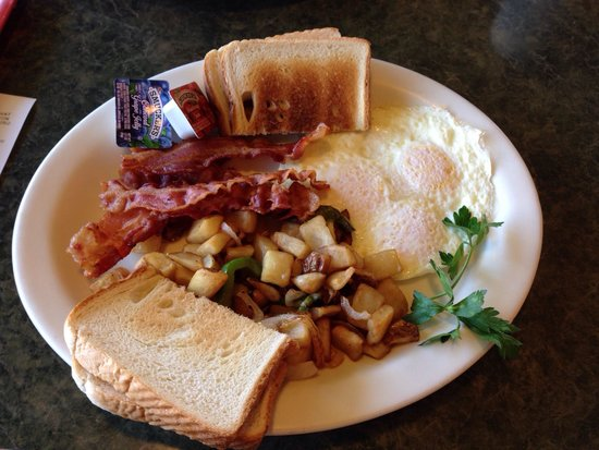 John's Restaurant: Home fries 