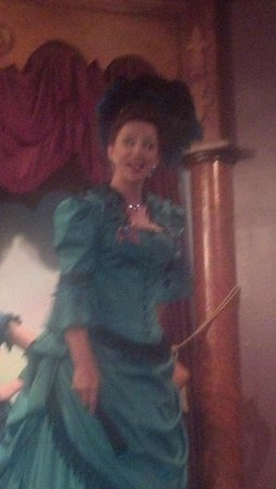 Boot Hill Museum : Miss Kitty at the Longbranch