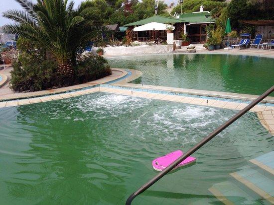 Idrassaggio piscina acqua calda foto di idroterme olympus barano d 39 ischia tripadvisor - Acqua orecchie piscina ...
