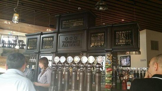 Speight's Ale House: Bar