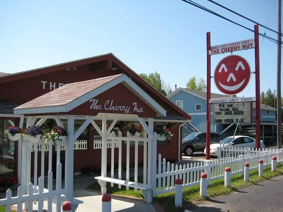 The Cherry Hut Restaurant Exterior on Highway 31