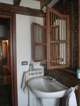 B&B Corte Zeuli: Bathroom