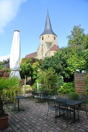 Tamm, เยอรมนี: Внутренний дворик