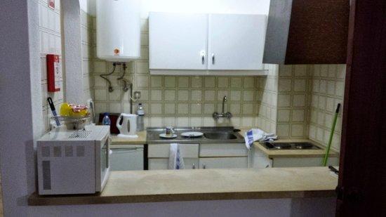 EiraSol: kitchen