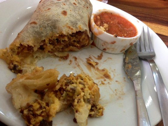 Alma Cafe : Breakfast burrito
