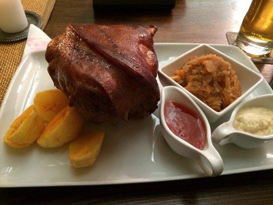 Aula: Pork shank
