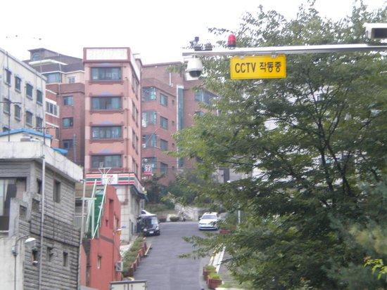 Hostel Korea: Safe hostel area with cam surveillance