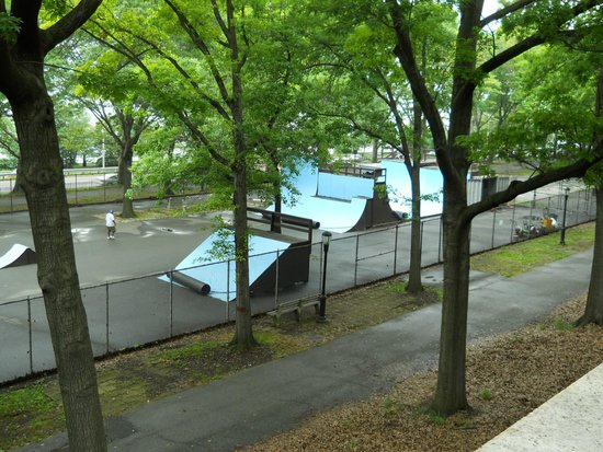 Riverside Park: Skate Park