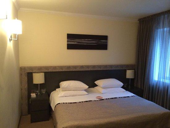 Khreschatyk Hotel : Une chambre Magnifique en plein centre de Kiev, avec un service digne d'un 5* et tout cela pour