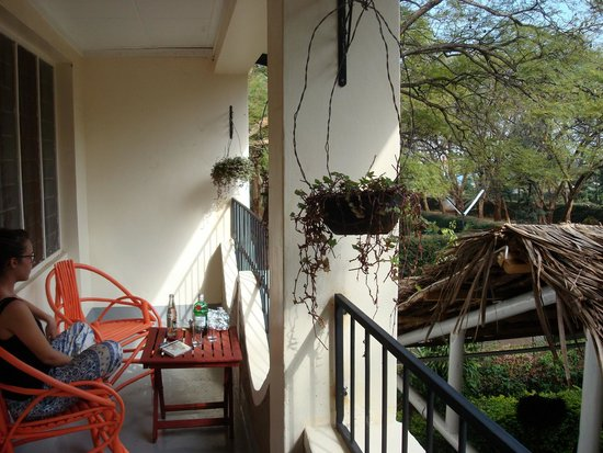 The Hibiscus Bed and Breakfast: Balcony