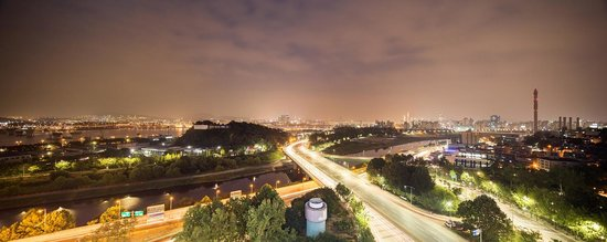 Golden Seoul Hotel : Night view